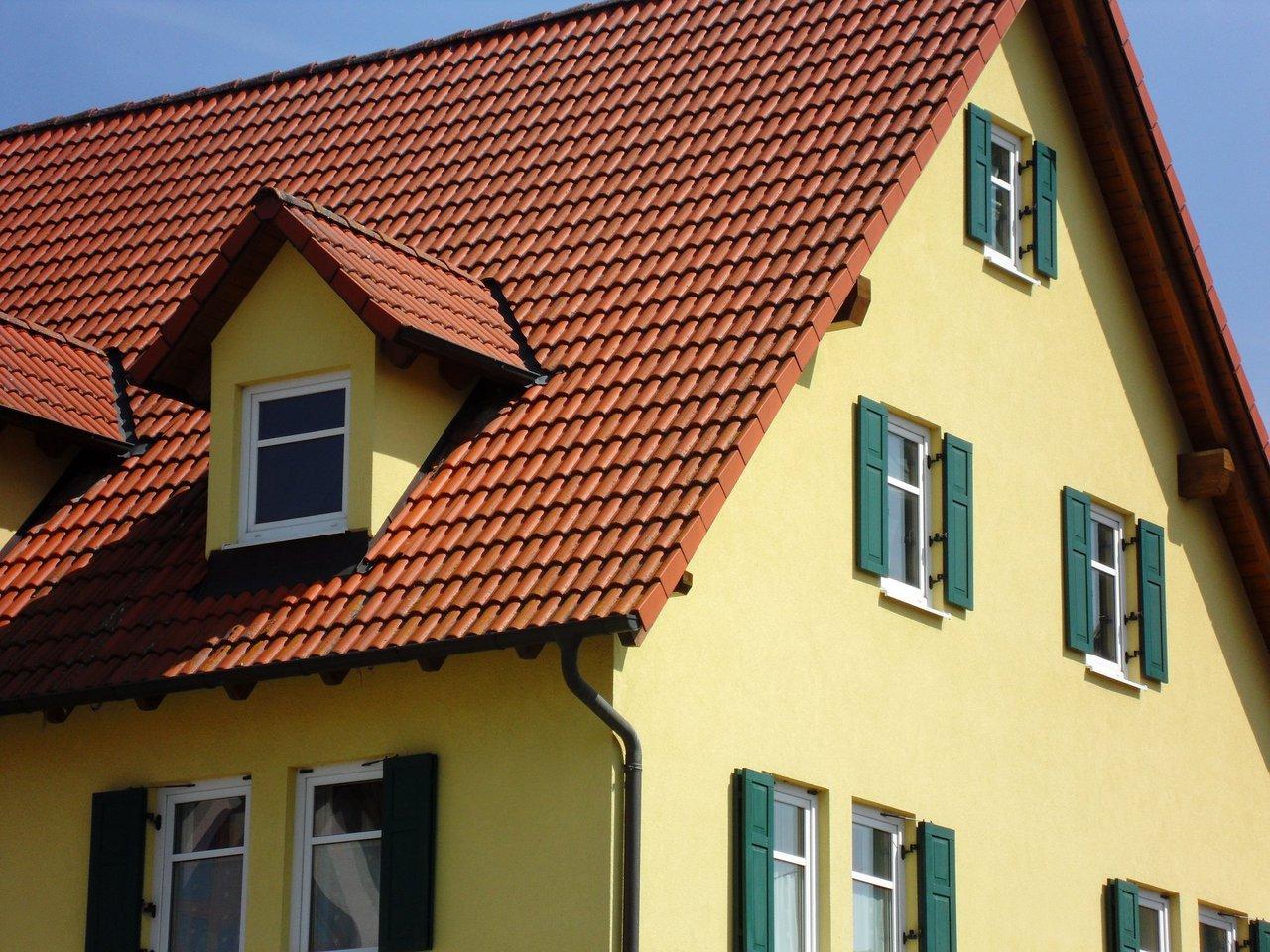 Fassadensanierung Neues Gewand Fur Alte Hauser Malerbetrieb